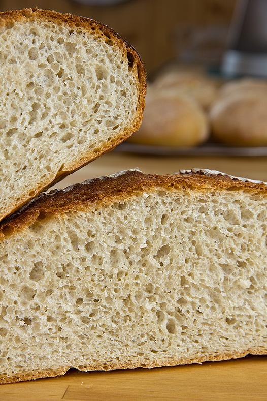 Landbrot aus dem Brotbackbuch von Lutz Geißler