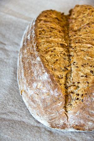 Körnerbrot aus dem Brotbackbuch von Lutz Geißler